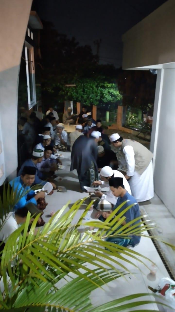 Memperingati Nuzulul Quran, Masjid Al Barokah Mengadakan Acara Buka Bersama