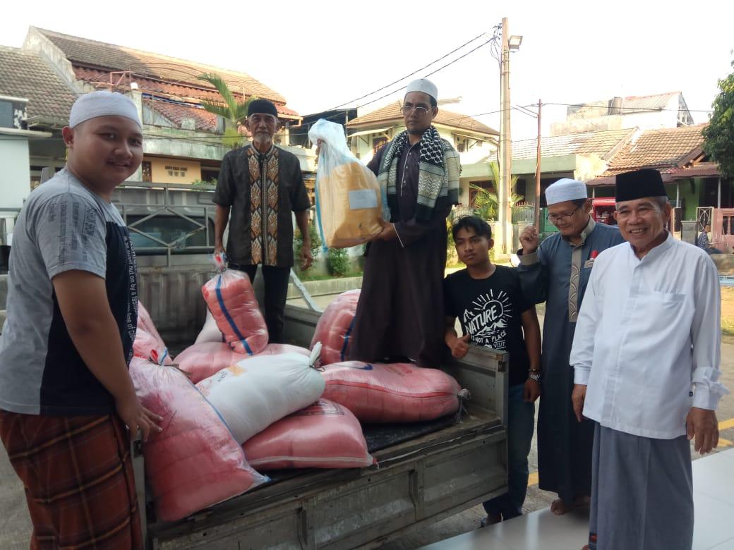 H-2 Iedul Fitri 1441 H, Masjid Al Barokah Mendistribusikan Zakat Pada Mustahiq