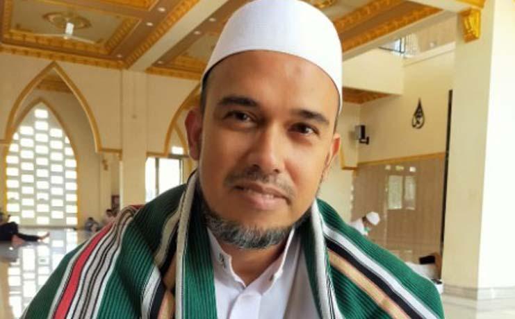 Habib Ali bin Husein Al Hadi – Profil Ketua DKM Al Barokah Cijujung Permai